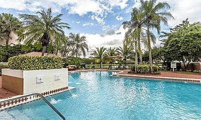 Pool, Valencia at Doral, 2