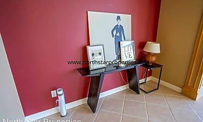 Living Room, 19460 Eastside Rd, 2
