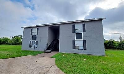 Building, 2815 Cypress Bend Cir D, 1