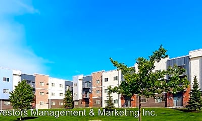 Building, 3920, 3850, 3880 Garden View Drive, 2