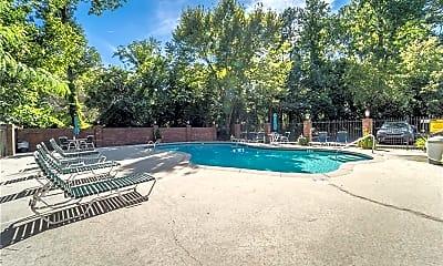 Pool, 3 Queen Victoria Pl NE, 2
