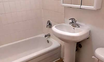 Bathroom, 430 S Grand Blvd, 0