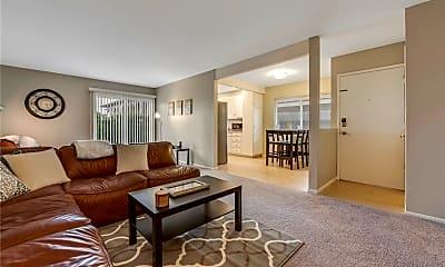 Living Room, 834 E Fairway Dr, 0