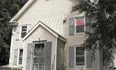 Building, 414 N University Ave, 2