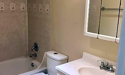 Bathroom, 3310 SW Beaverton Hillsdale Hwy, 2