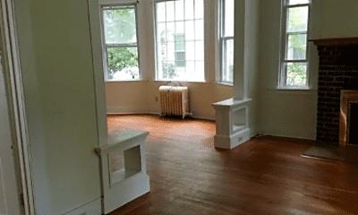Living Room, 119 W Elm St, 2