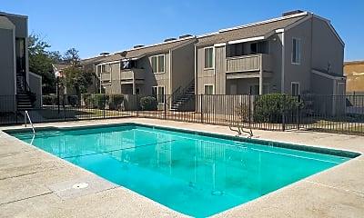 Lindsay Family Apartments, 2