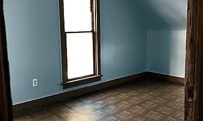 Bedroom, 615 W Marion St, 1