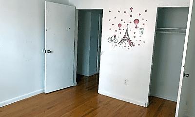 Bedroom, 101 Vine St, 2