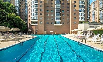 Pool, 1600 N Oak St 1131, 2