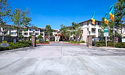 Building, Royal Oaks Apartments, 1