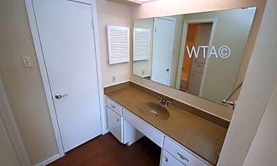 Bathroom, 109 W French, 1