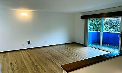 Living Room, 1451 SW Bertha Blvd, 1
