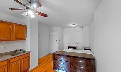 1365-1st-Avenue-07222021_180011.jpg, 1365 First Avenue #3A, 2