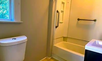 Bathroom, 863 10th St NW, 1