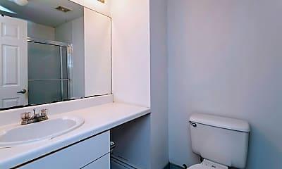 Bathroom, 407 1st St A, 2