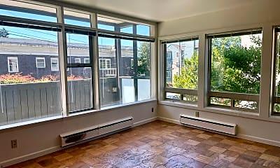Living Room, Capitol Crest 301 14th Avenue E, 1