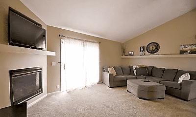 Living Room, 19009 S Circle, 1