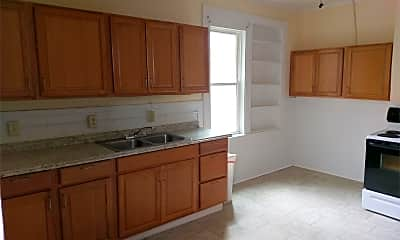 Kitchen, 135 Lincoln St, 1