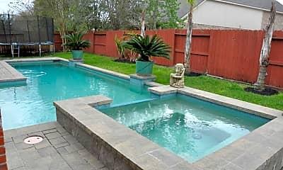 Pool, 5911 Sandia Lake Ln, 1