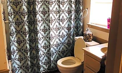 Bathroom, 9809 Larkspur Ln, 2