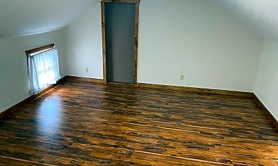 Living Room, 5134 Pre Emption Rd, 2