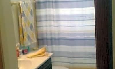 Bathroom, 237 W Slade St, 1