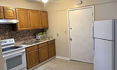 Kitchen, 527 W Cross St, 1