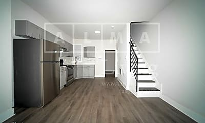 Building, 2827 N Ringgold St, 1