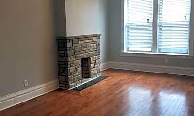 Living Room, 2503 N Lincoln Ave, 0