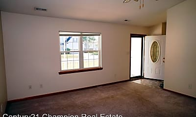 Living Room, 202 Candler Ct, 1