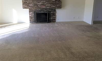 Living Room, 25141 Barents, 1
