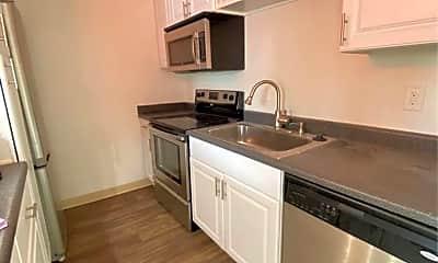 Kitchen, 1286 N Mollison Ave, 1
