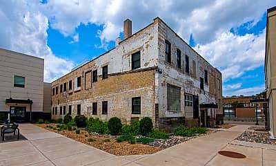Building, Western U Flats, 1