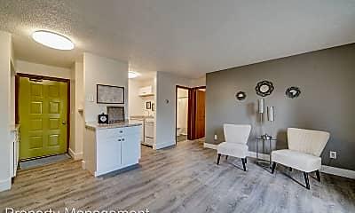 Living Room, 100 E McKinley Ave, 0