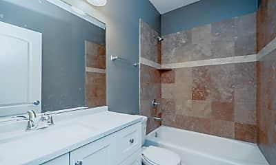 Bathroom, 2234 W Warren Blvd 3, 2