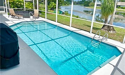 Pool, 3639 Kent Dr, 1