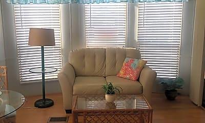 Living Room, 411 Quinto Lane, 0