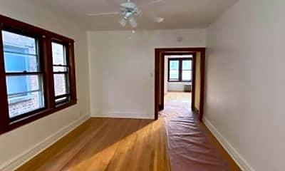Living Room, 4689 N Kasson Ave, 2