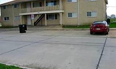 Building, 8720 Livingston Ave, 0