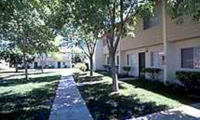 Spencer Street Manor, 1