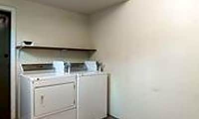 Kitchen, 3402 Hollywood Ave, 2