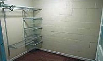 Bedroom, 705 N Duluth Ave, 2