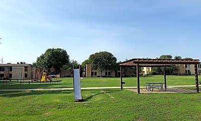 Basswood Manor, 2