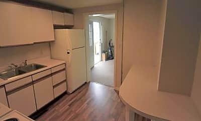 Kitchen, 326 Beverly Ave, 1