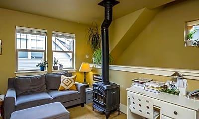 Living Room, 964 SW Hill St, 0