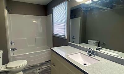Bathroom, 2219 S Kickapoo Ave, 2