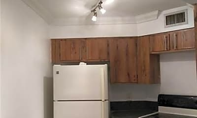 Kitchen, 212 Lake Pointe Dr, 2