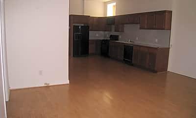 Kitchen, 1143 W Patterson Ave, 1