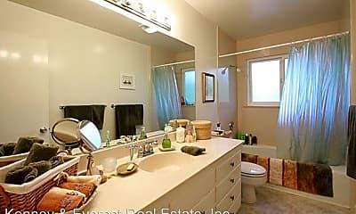 Bathroom, 107 Trestle Glen Terrace, 2